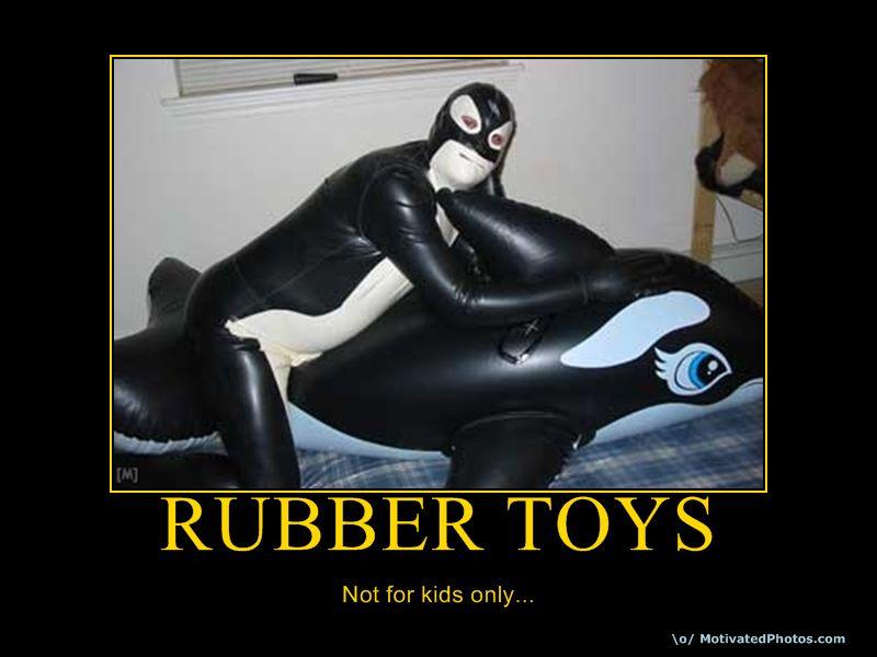 633734760475979110-rubbertoys