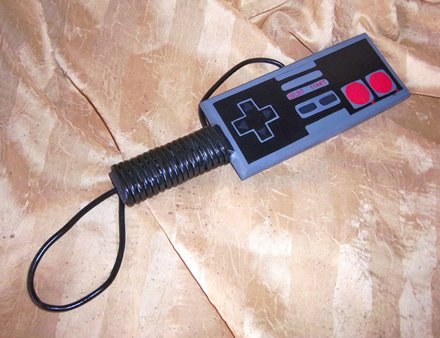 nes-controller-paddle